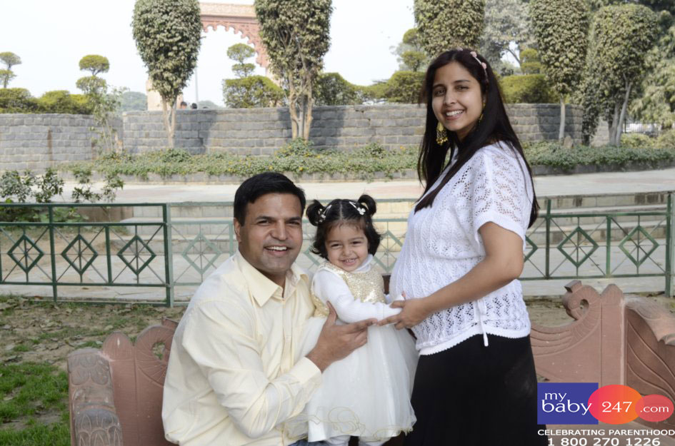 Maternity Photography in Delhi with Disha
